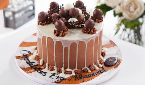 _chocolate_pinata_cake_rec