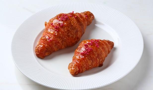 Croissant_rose_lychee__5__rec